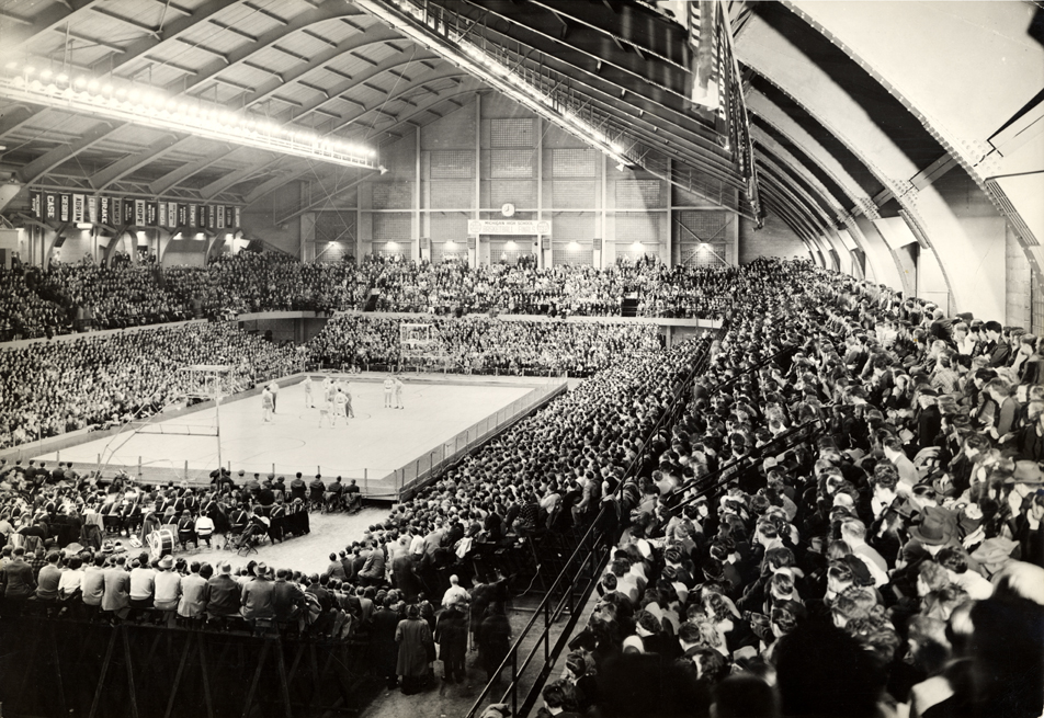 On the Banks of the Red Cedar| Jenison Fieldhouse during a ...